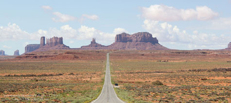 View towards Monument Valley from US-163