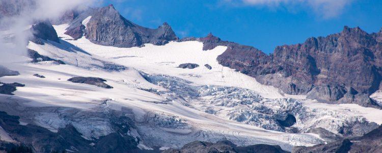 Gletsjer,Is,Sne,Klipper,Skyer,Blå himmel