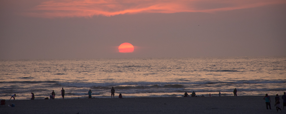 Solnedgang,Seaside,Strand,Mennesker,Lyserød himmel
